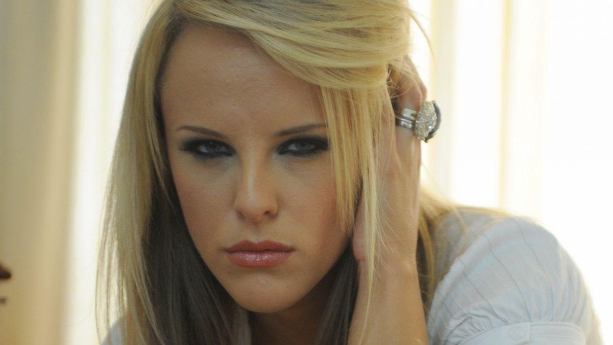 blondes women white Mackenzie White lipstick wallpaper
