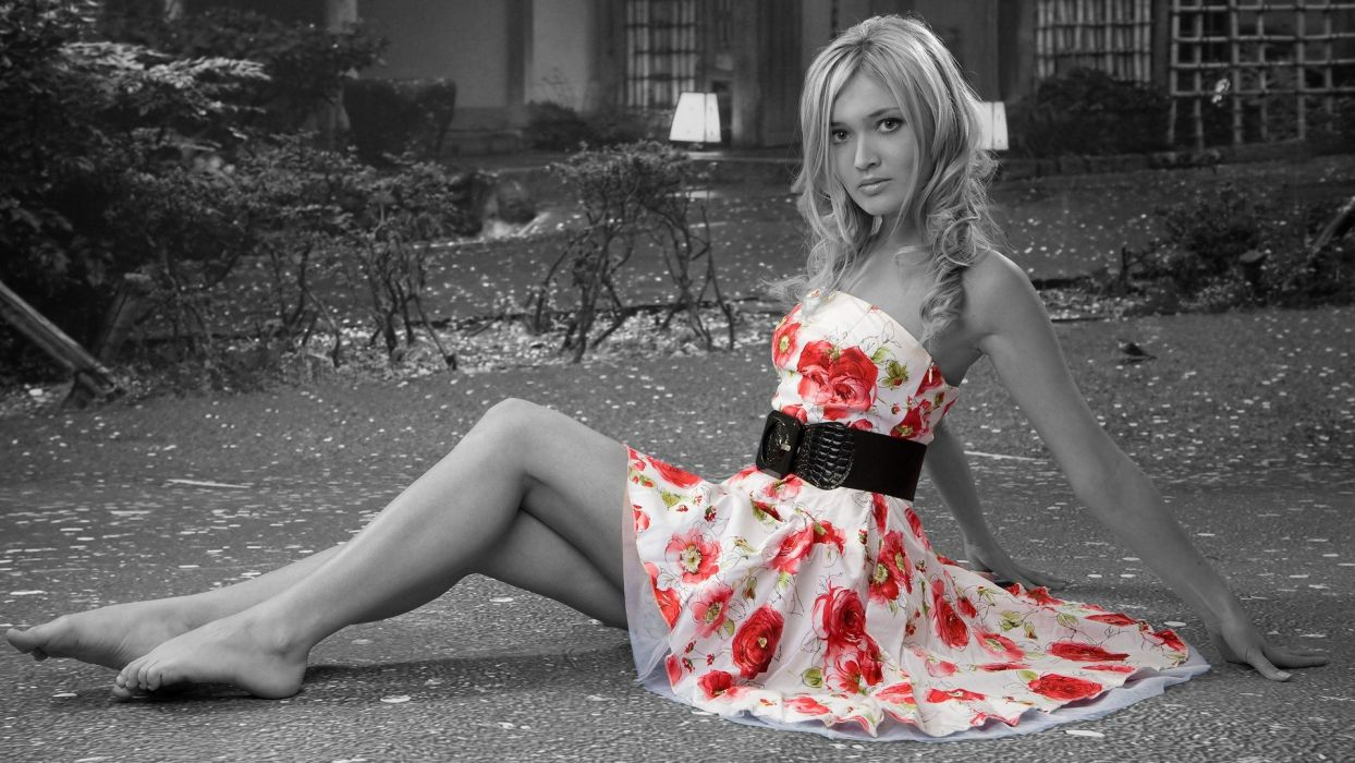 women models selective coloring Nelly Linayo wallpaper
