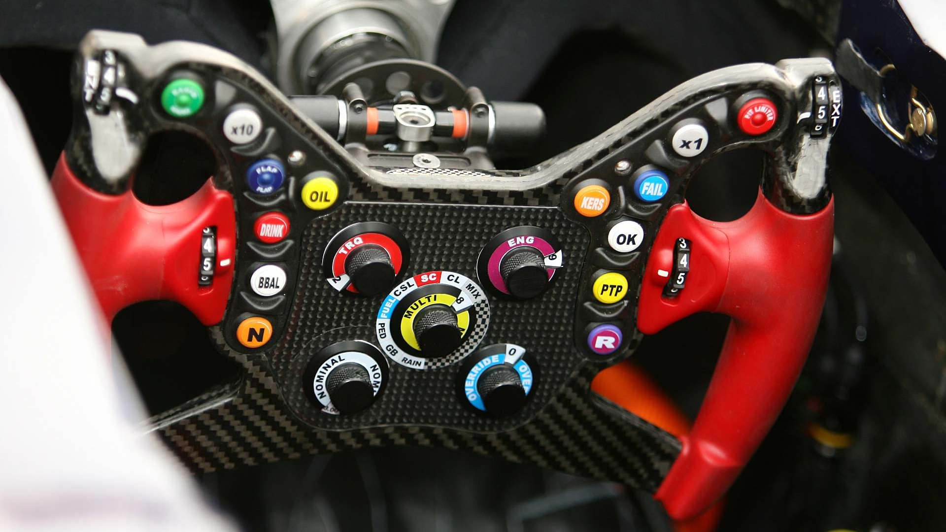 formula one vehicles buttons car interiors steering wheel. Black Bedroom Furniture Sets. Home Design Ideas