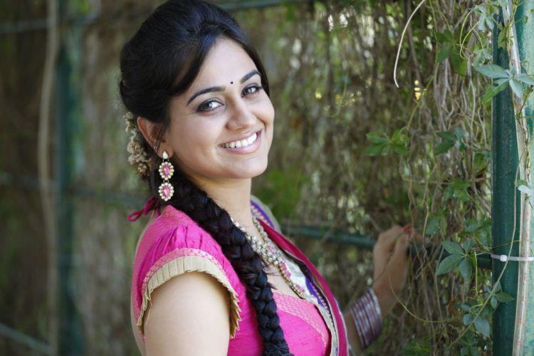 Aksha Pardasany wallpaper