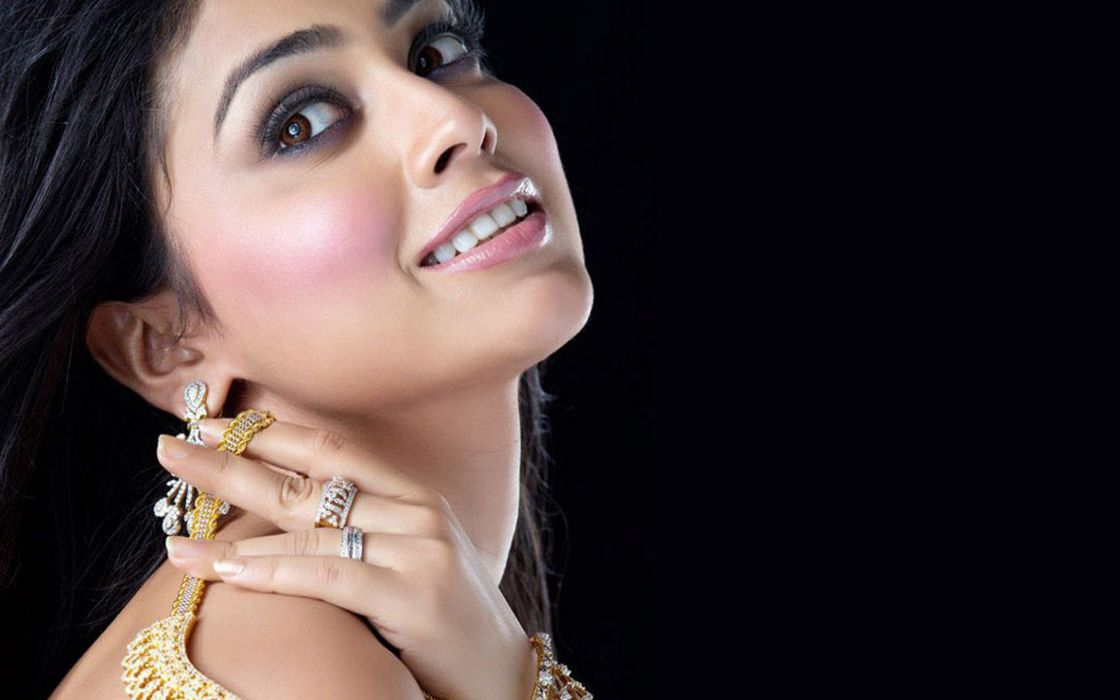 Shreya Saran wallpaper