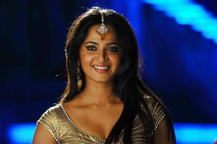 Anushka Shetty wallpaper