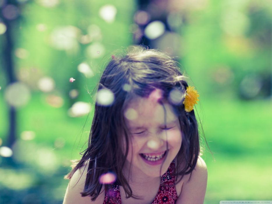 women happy smiling parks joy playing wallpaper