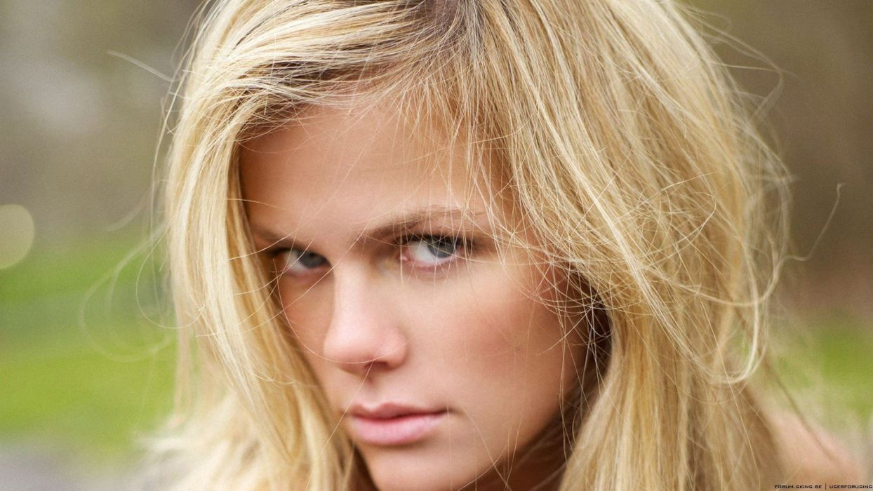 blondes women models Brooklyn Decker faces wallpaper