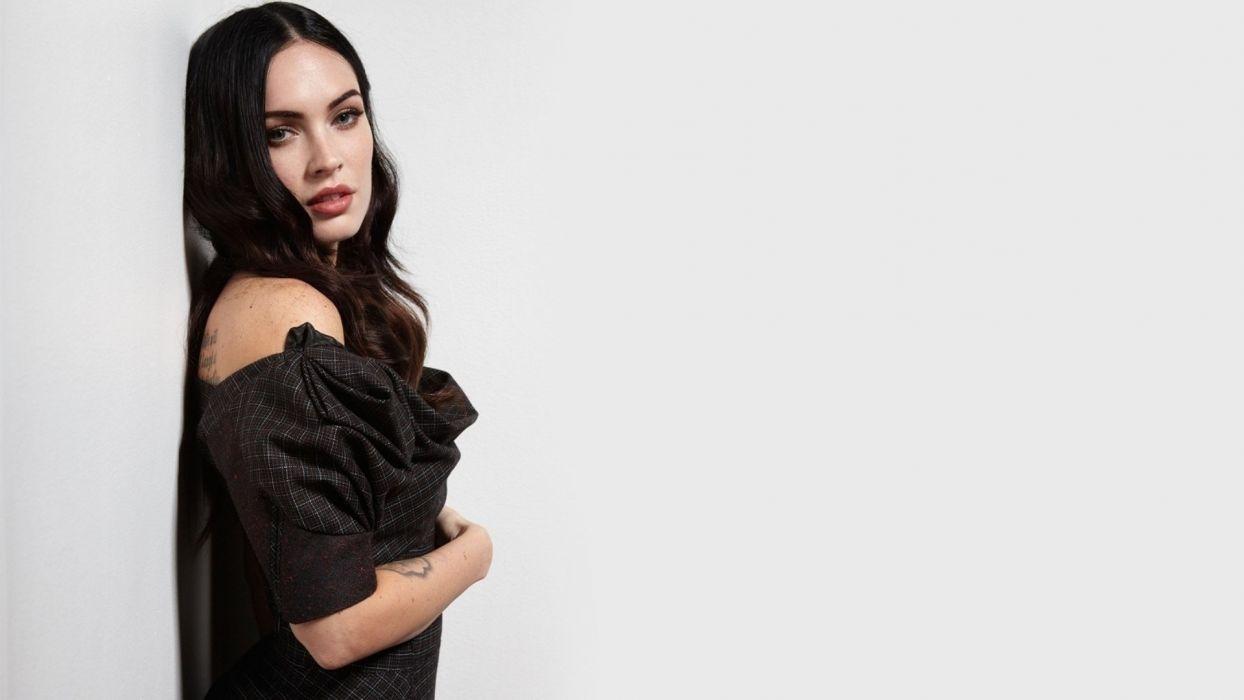 brunettes women Megan Fox simple background wallpaper