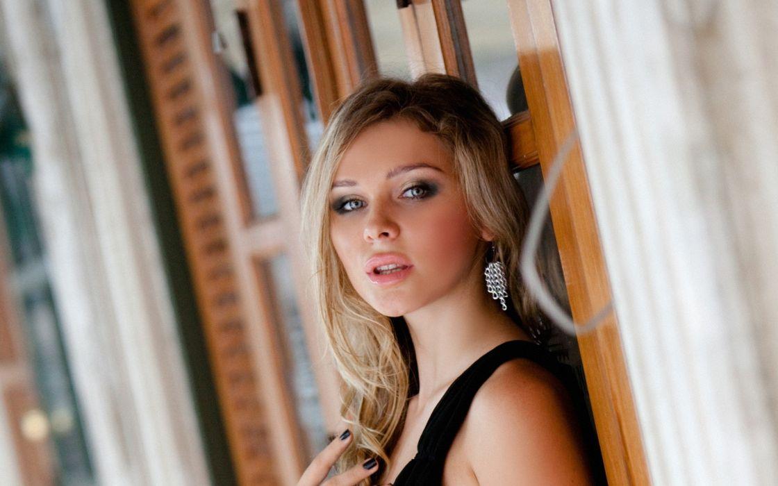 hollywood celebrity blonde women model hot brunettes ultrahd 4k wallpaper wallpaper