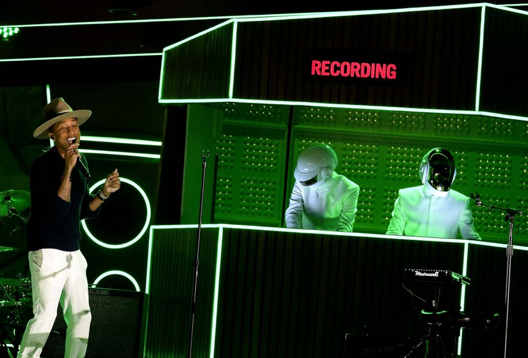 DAFT PUNK electronic house electro mask robot sci-fi (49) wallpaper