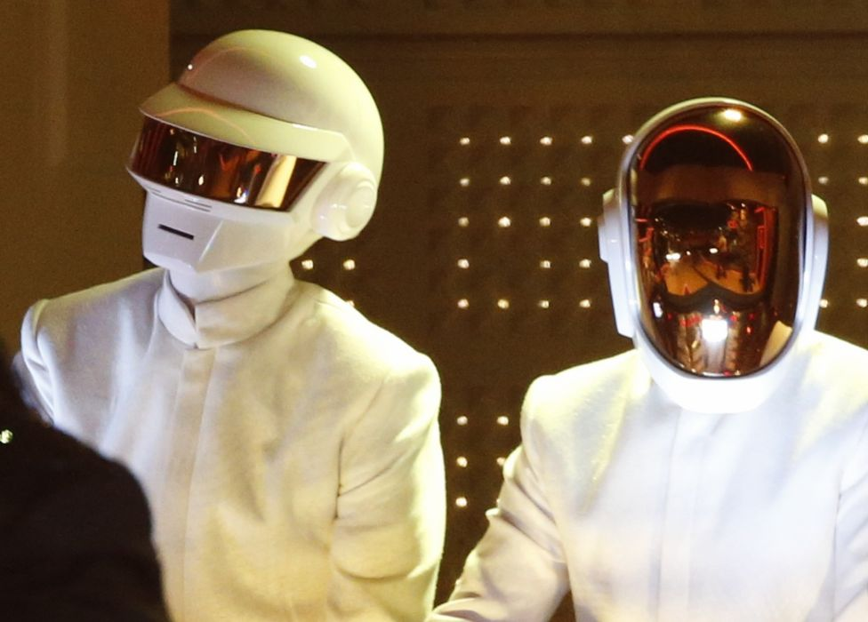 DAFT PUNK electronic house electro mask robot sci-fi (70) wallpaper
