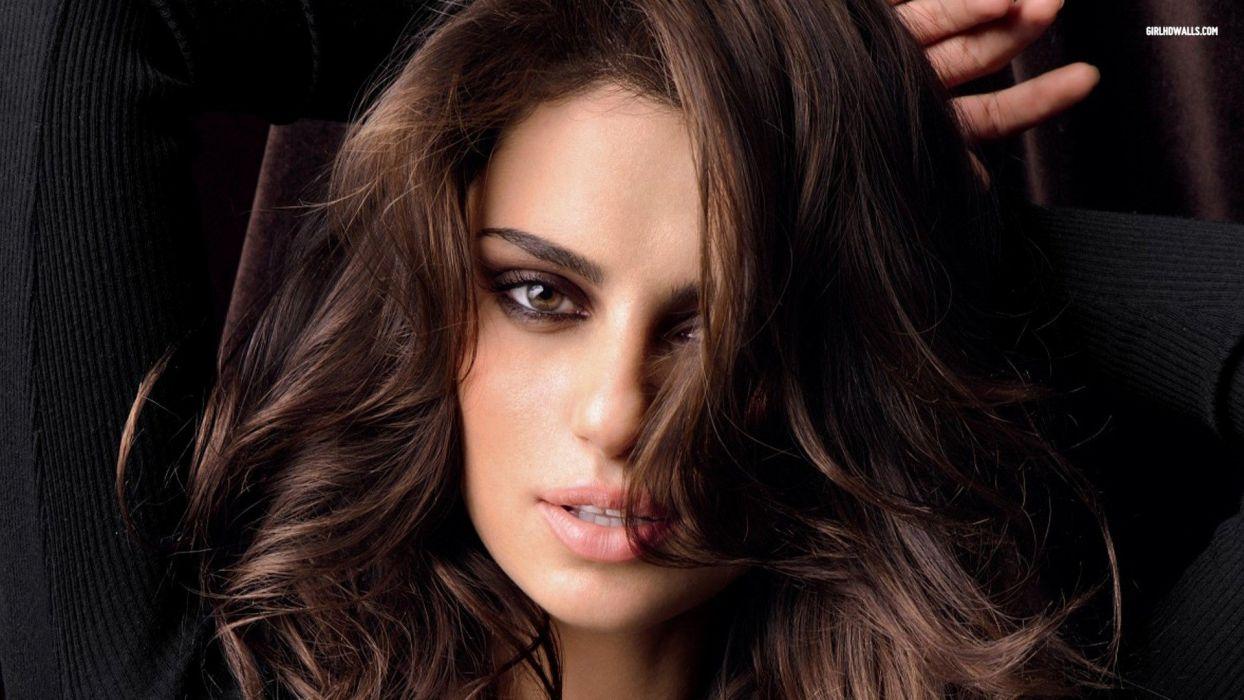 brunettes women models lips Catrinel Menghia wallpaper