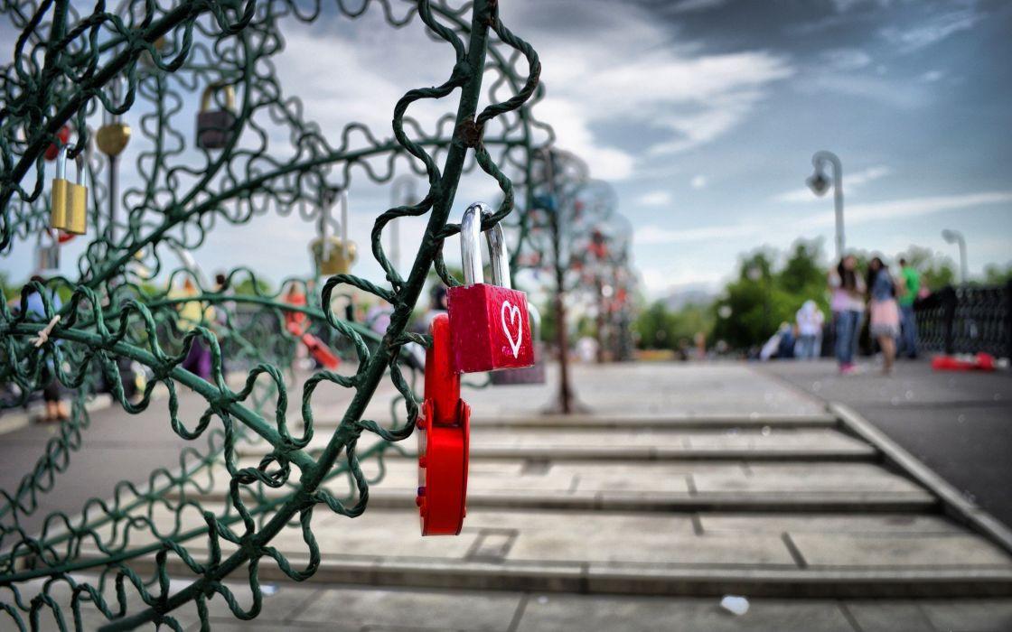 love hearts keys wallpaper
