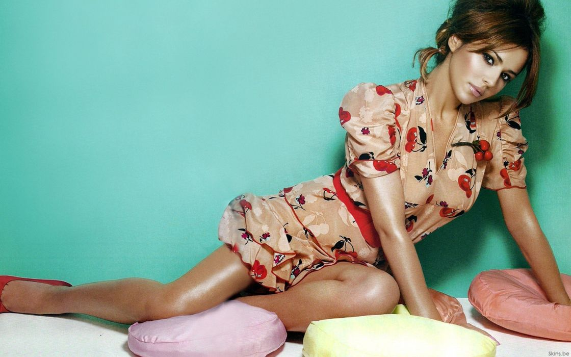 women models Cheryl Cole green background wallpaper