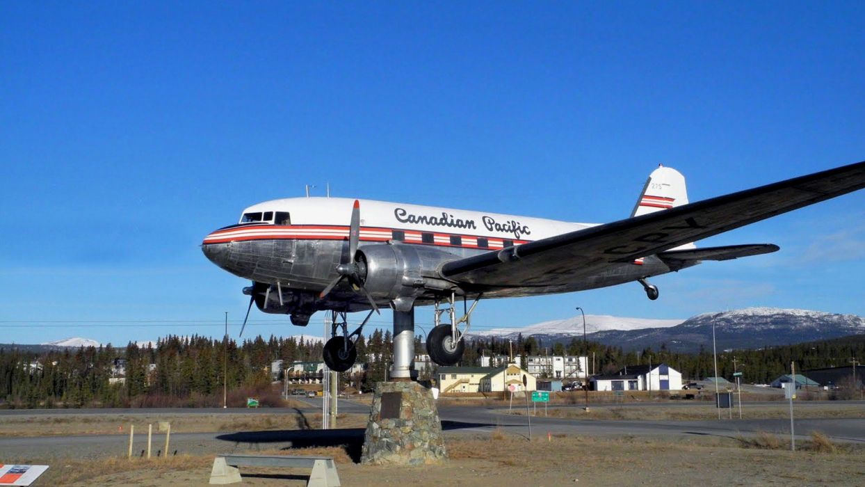 Warbird DC-3 Ice Pilots NWT Buffalo Airways Reality TV wallpaper