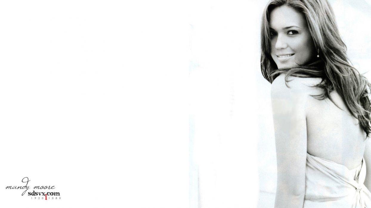 Mandy Moore models wallpaper