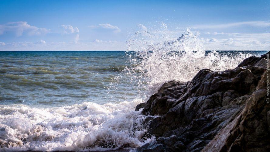 ocean nature rocks splashes sea wallpaper