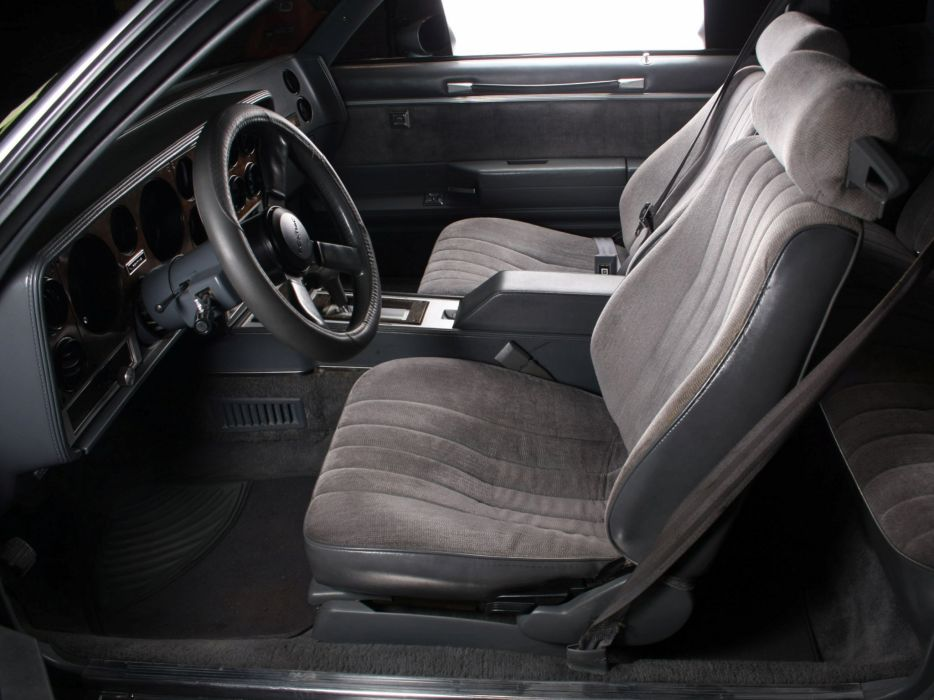 1986 Pontiac Grand Prix 2-2 Pace indy 500 race racing muscle interior    f wallpaper