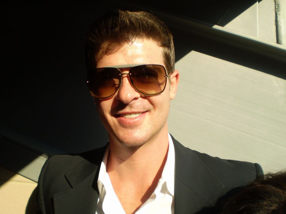 ROBIN THICKE r-b soul hip hop pop (43) wallpaper