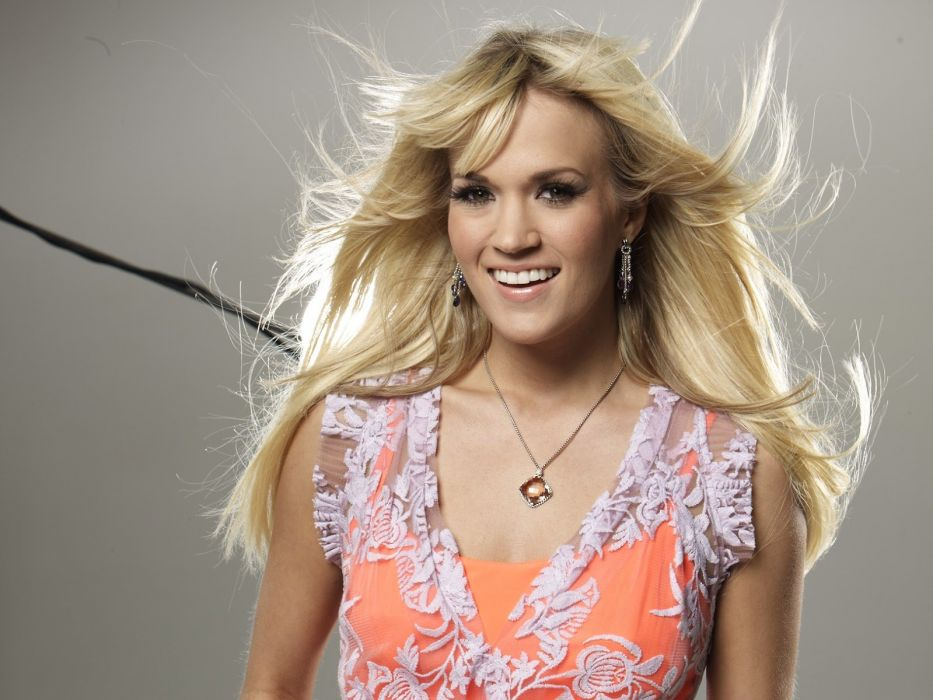 CARRIE UNDERWOOD country pop blonde sexy babe (1) wallpaper