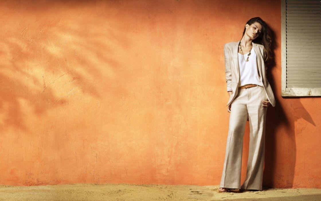 models Isabeli Fontana wallpaper