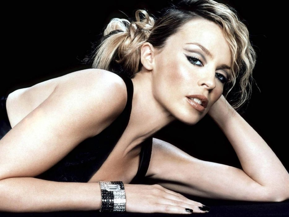 KYLIE MINOGUE pop rock electronic synthpop disco dance sexy babe blonde singer (4) wallpaper