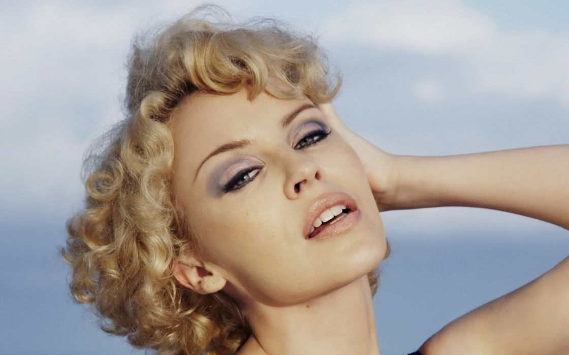KYLIE MINOGUE pop rock electronic synthpop disco dance sexy babe blonde singer (10) wallpaper
