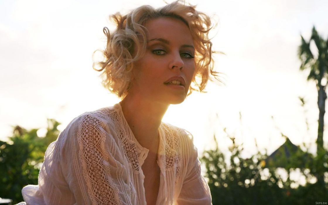 KYLIE MINOGUE pop rock electronic synthpop disco dance sexy babe blonde singer (28) wallpaper