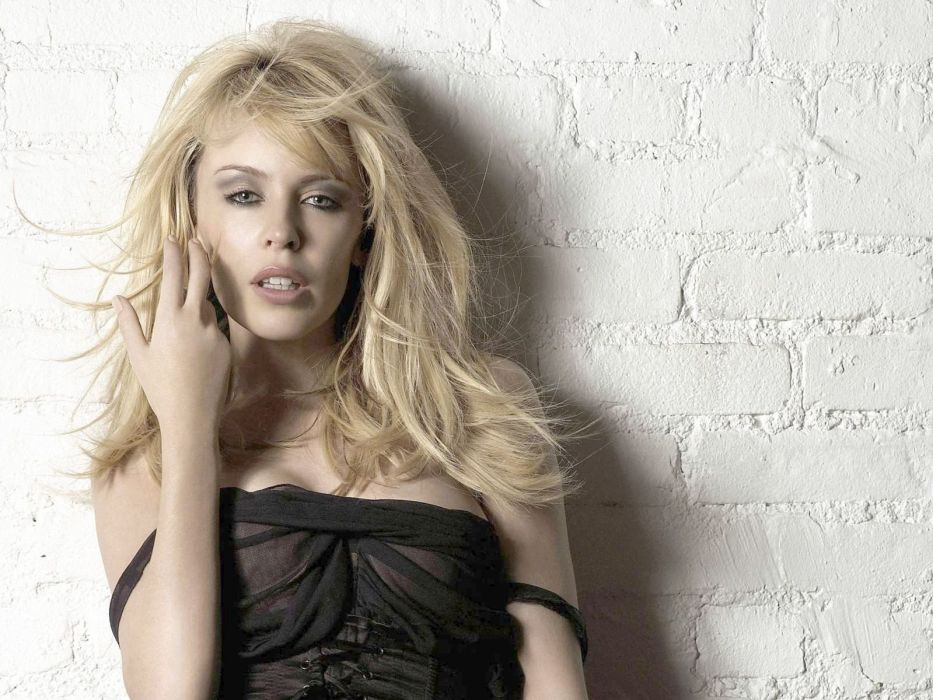 KYLIE MINOGUE pop rock electronic synthpop disco dance sexy babe blonde singer (34) wallpaper