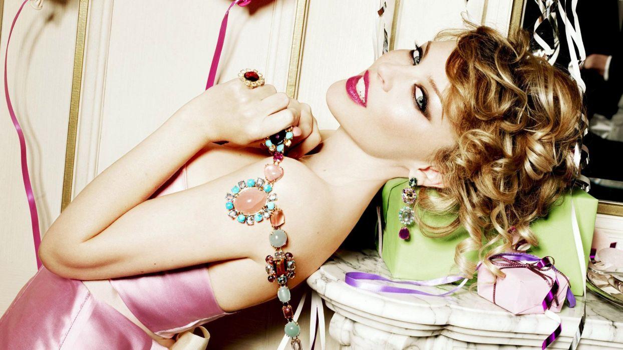 KYLIE MINOGUE pop rock electronic synthpop disco dance sexy babe blonde singer (51) wallpaper