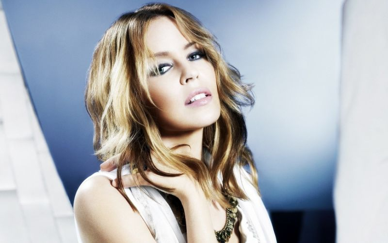 KYLIE MINOGUE pop rock electronic synthpop disco dance sexy babe blonde singer (65) wallpaper
