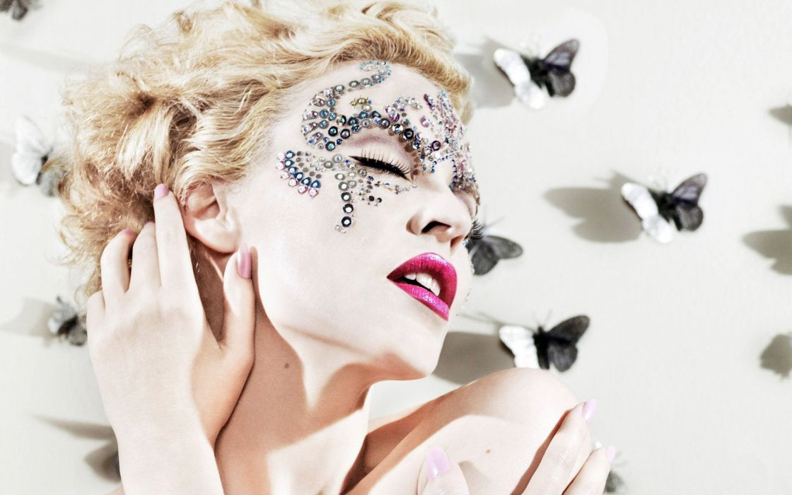 KYLIE MINOGUE pop rock electronic synthpop disco dance sexy babe blonde singer (70) wallpaper