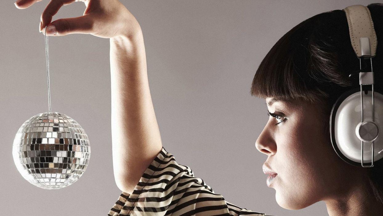 women models disco ball wallpaper