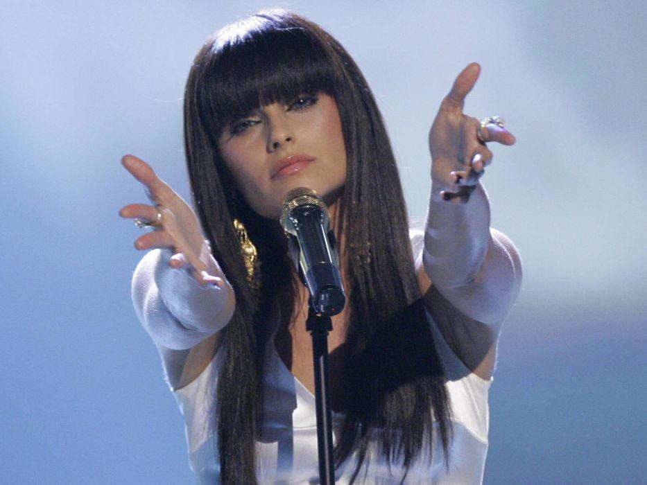 NELLY FURTADO folk r-b latin hip hop dance pop world babe brunette singer (19) wallpaper