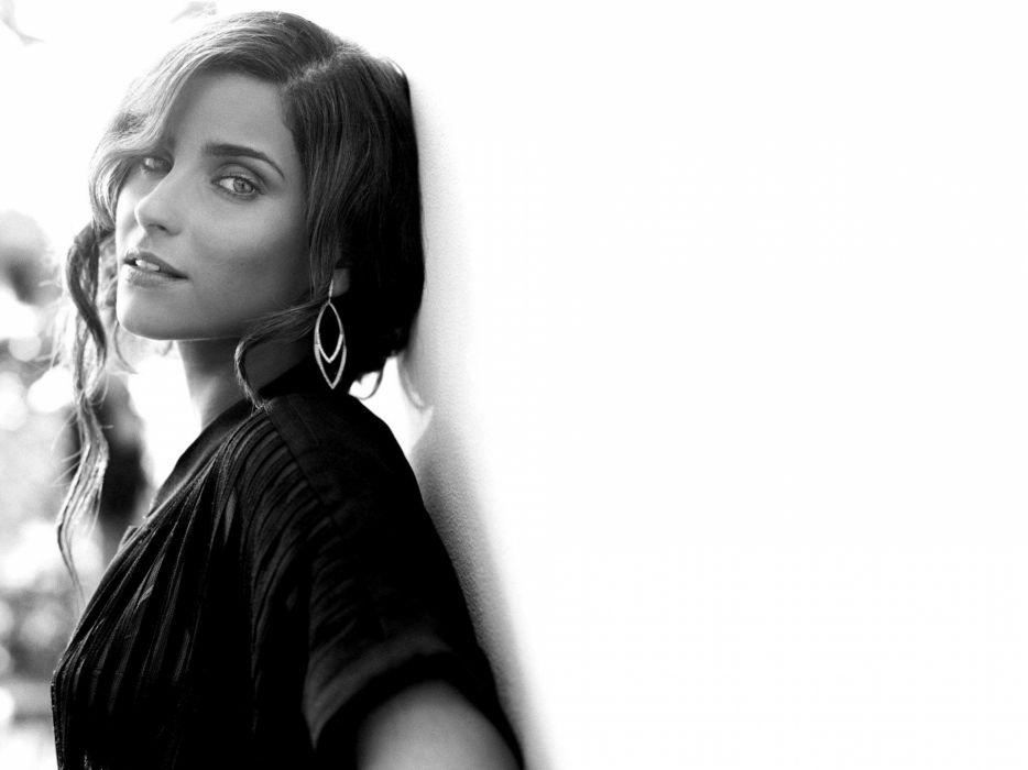 NELLY FURTADO folk r-b latin hip hop dance pop world babe brunette singer (24) wallpaper