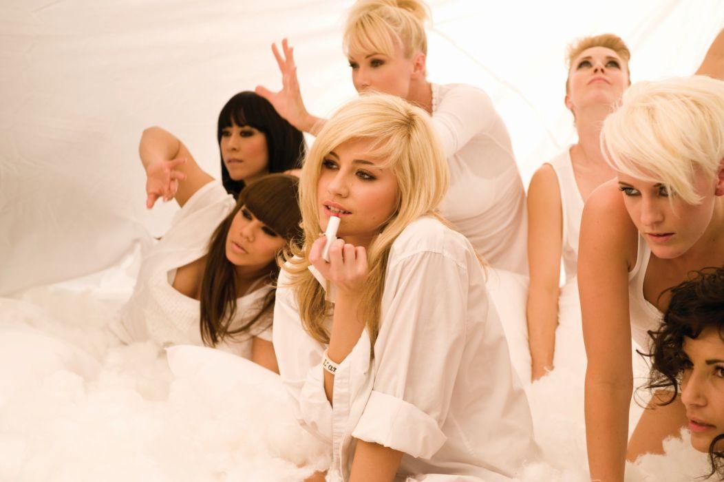 PIXIE LOTT r-b dance pop singer blonde babe (39) wallpaper