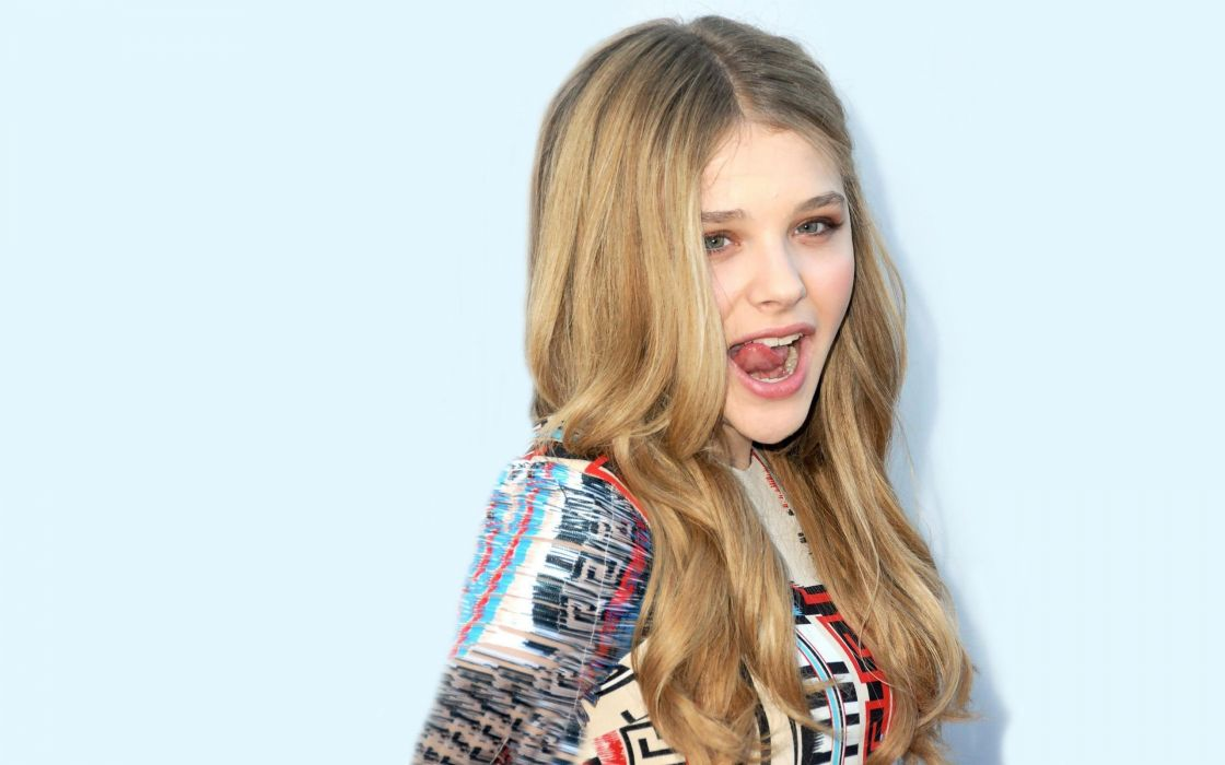 smile Chloe Moretz language wallpaper