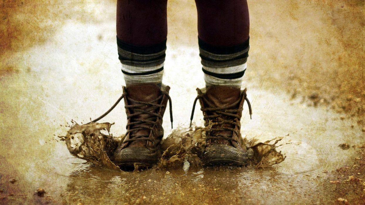 boots autumn mud wallpaper