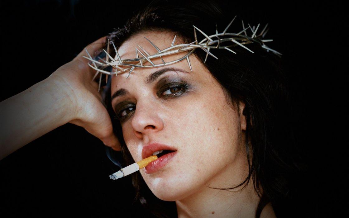 Thorns Smoking Cigarette Face Brunette dark mood wallpaper