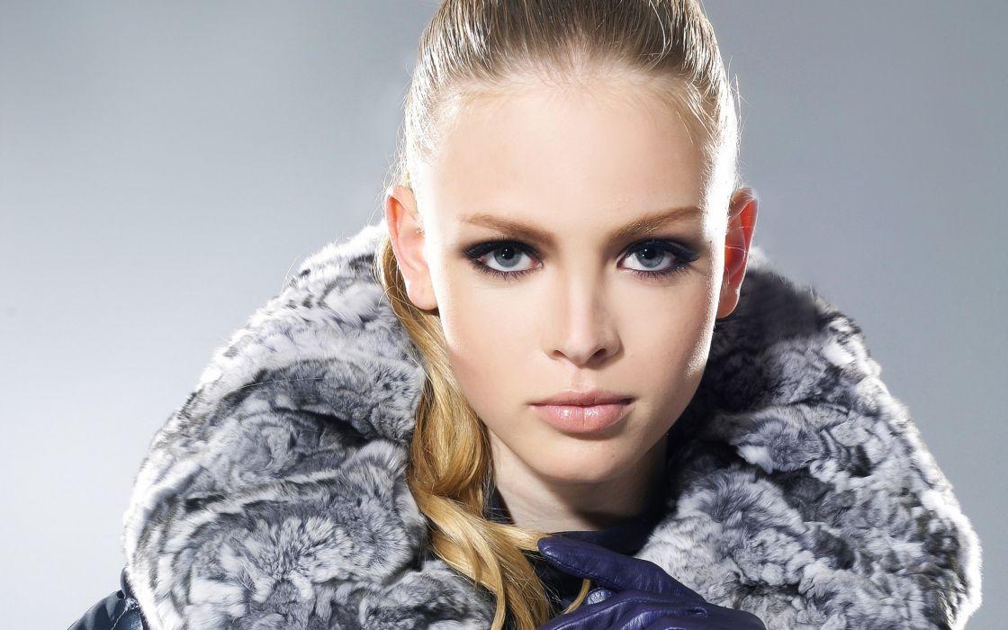girl model face hair hair eyes fur gloves wallpaper