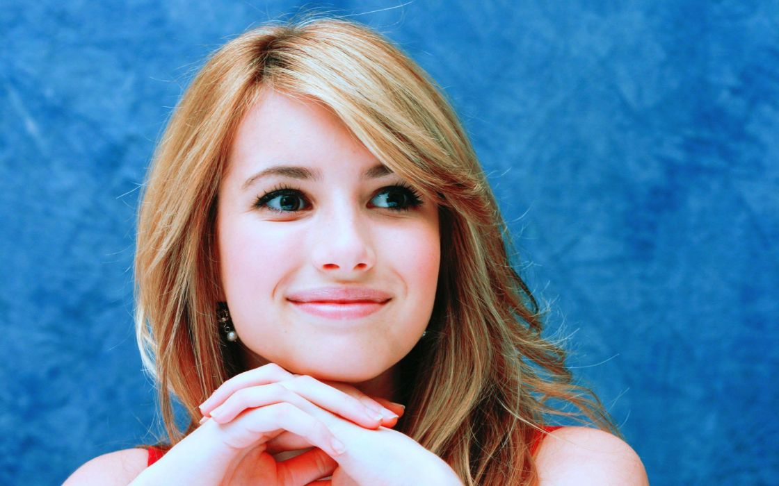 women actress celebrity Emma Roberts smiling faces wallpaper
