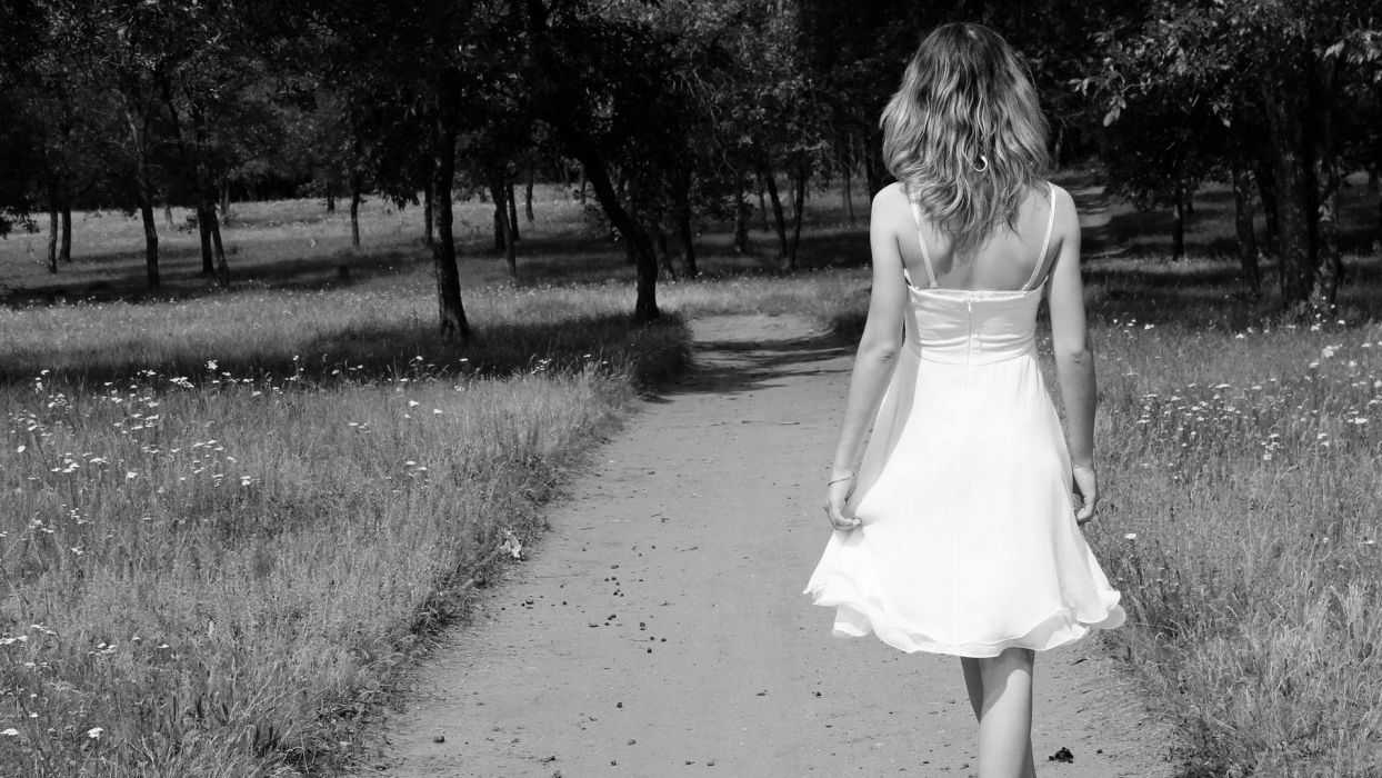 blondes legs women models monochrome parks wallpaper
