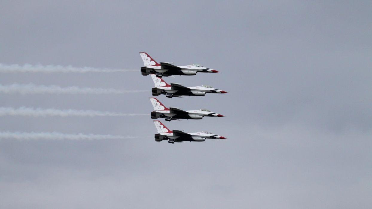 USAF Thunderbirds F16 wallpaper