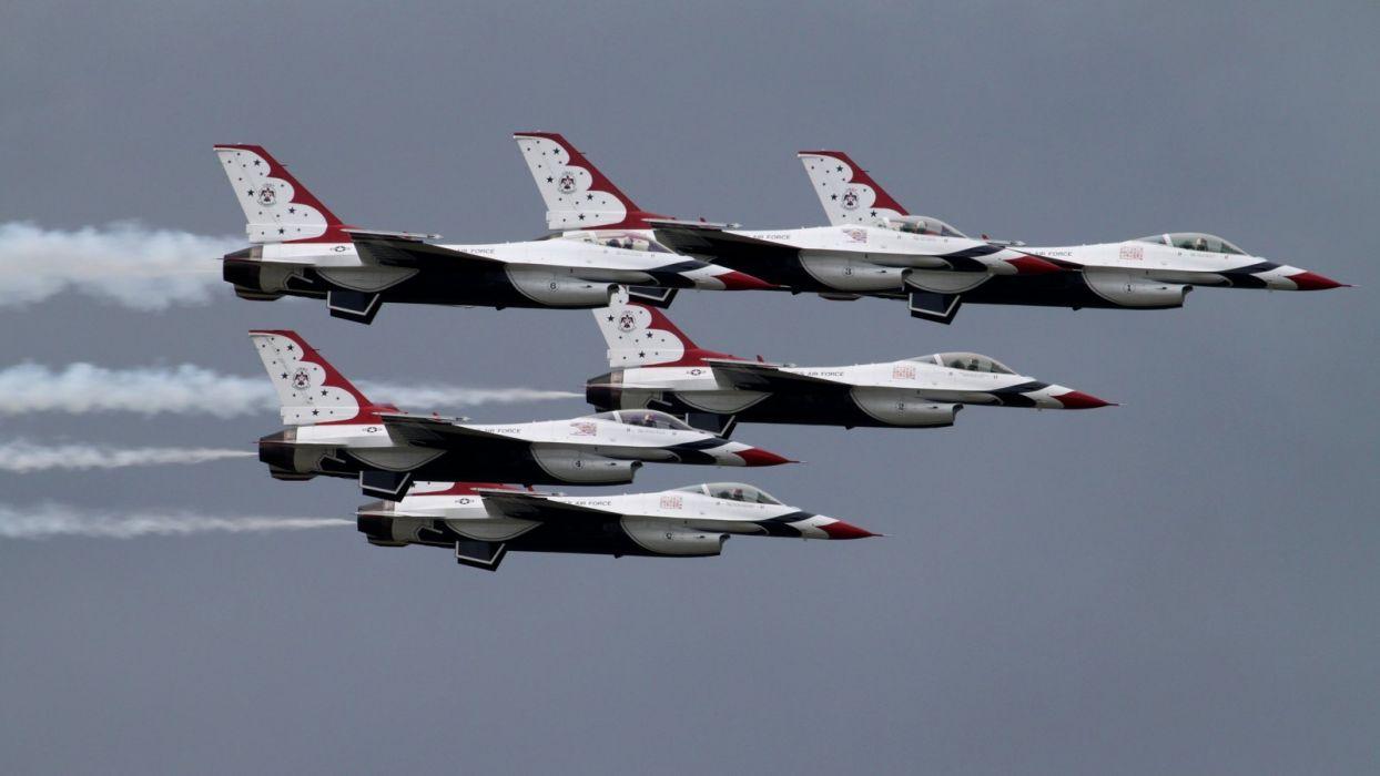 USAF Thunderbirds F16 V wallpaper