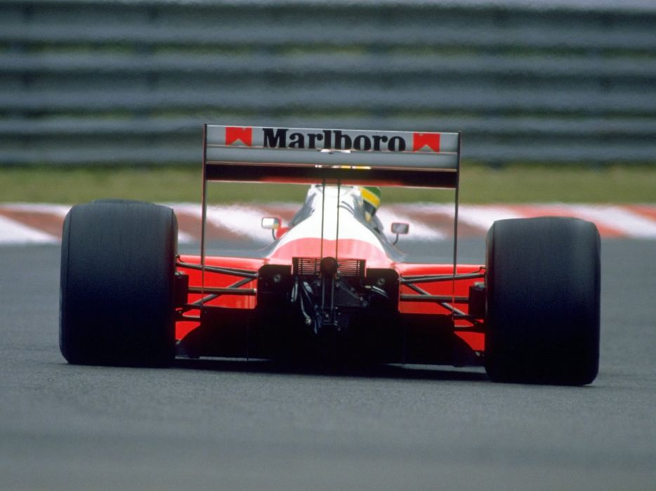 1988 McLaren Honda MP4-4 formula f-1 race racing    jg wallpaper
