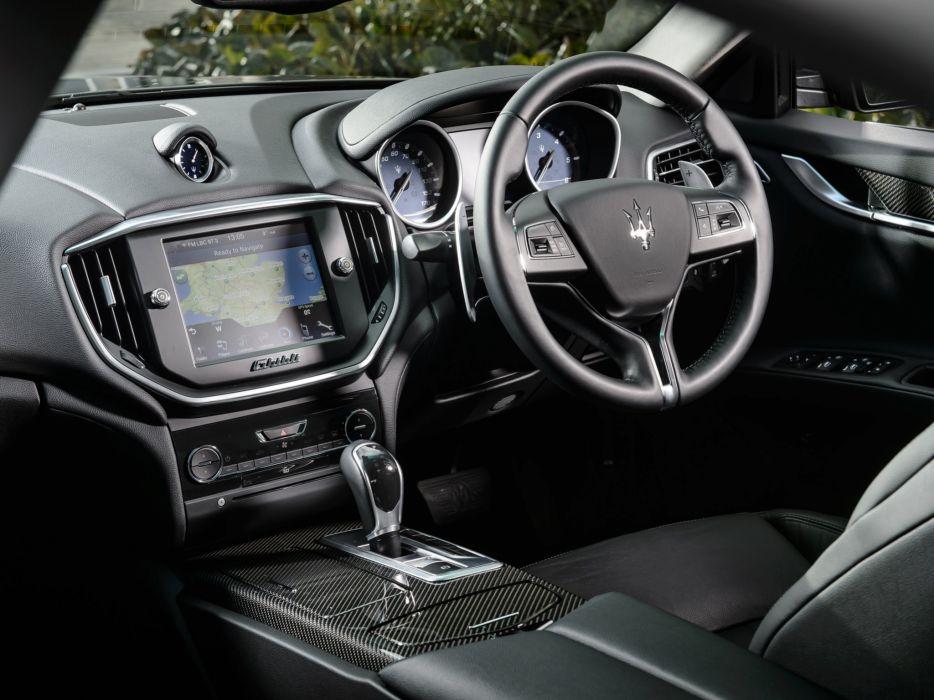 2014 Maserati Ghibli UK-spec interior    f wallpaper