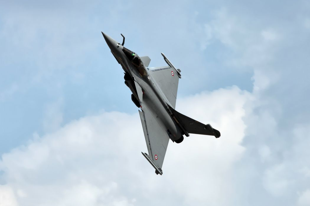 Rafale Fighter Jet military airplane plane fighter (18) wallpaper