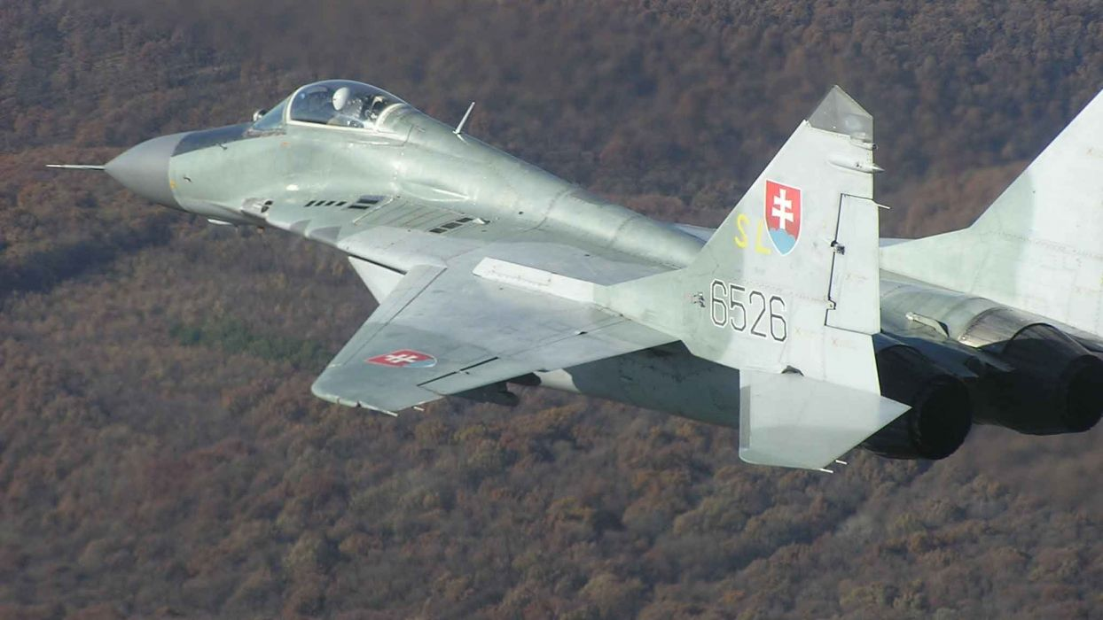 MiG-29 fighter jet military russian airplane plane mig (28) wallpaper