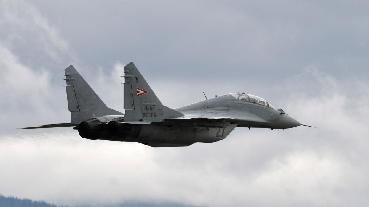 MiG-29 fighter jet military russian airplane plane mig (37) wallpaper