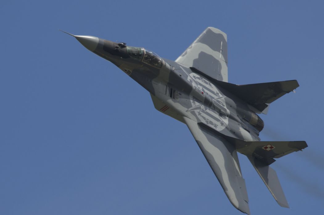MiG-29 fighter jet military russian airplane plane mig (40) wallpaper