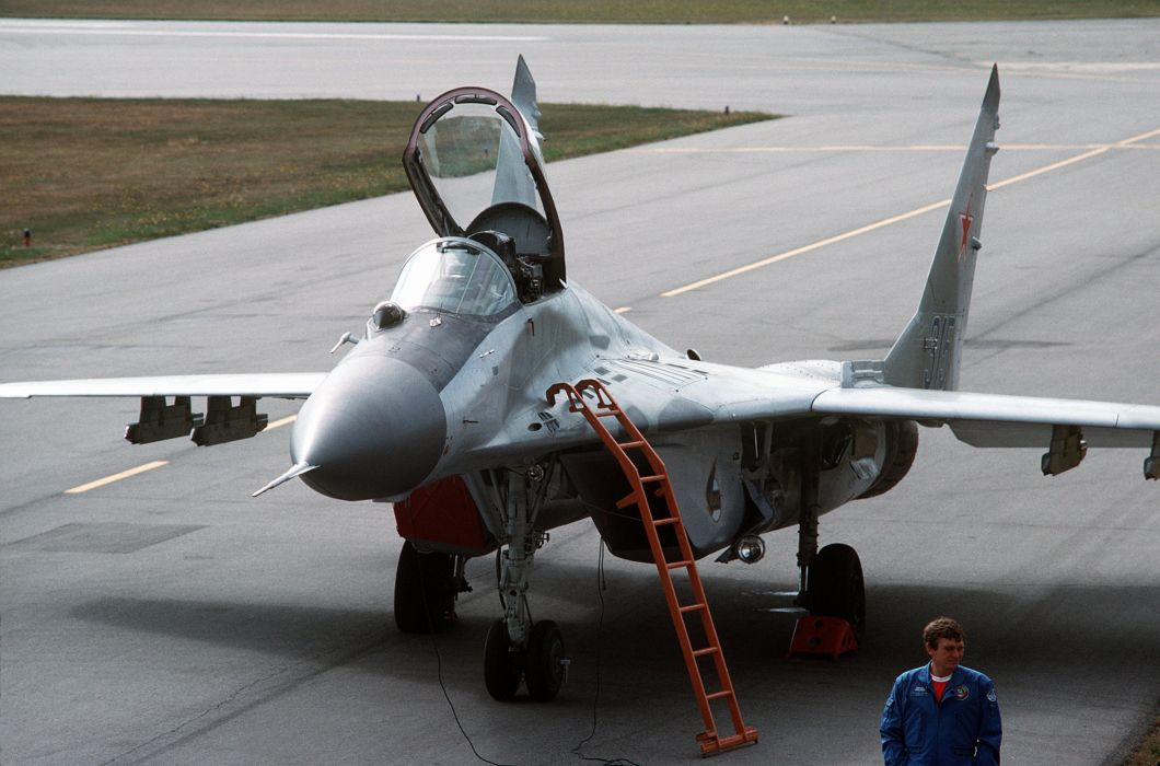 MiG-29 fighter jet military russian airplane plane mig (44)_JPG wallpaper