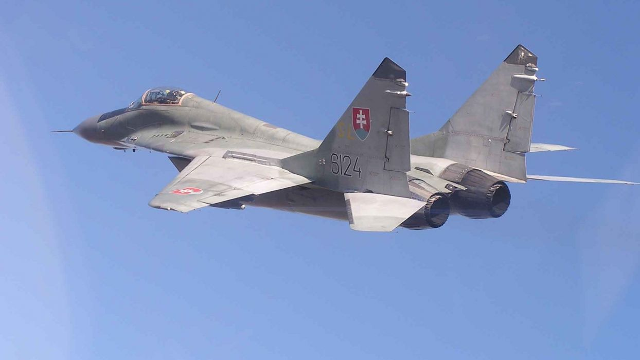 MiG-29 fighter jet military russian airplane plane mig (70) wallpaper