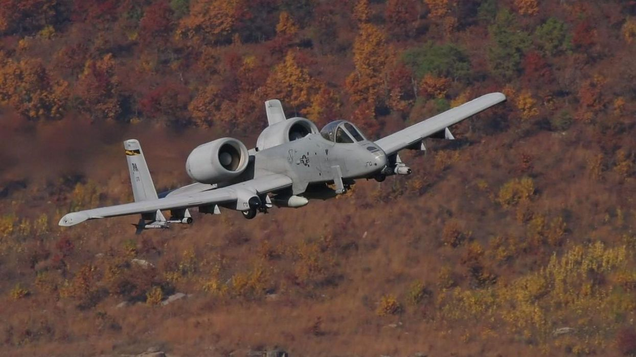 A-10 bomber jet fighter bomb military airplane plane thunderbolt warthog (61) wallpaper